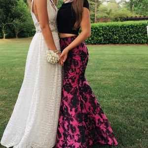 Sherri Hill prom dress (size 4)